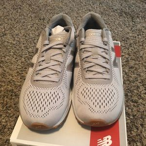 New Balance sneakers, 9M, grey
